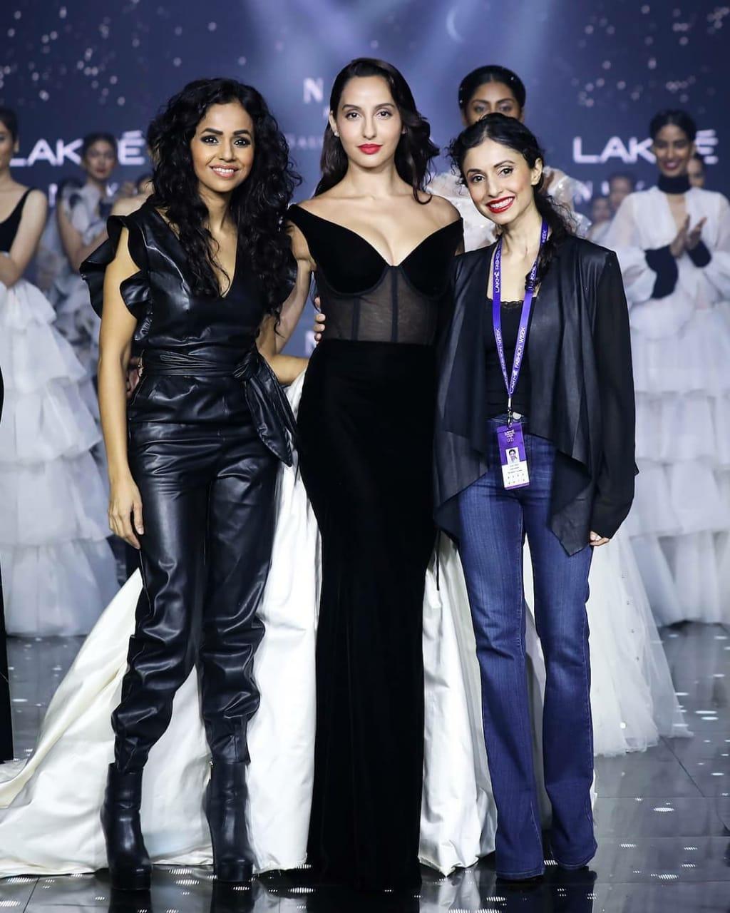 Mumbai Mumbai Lakme Fashion Week Actress Nora Fatehi Walks Ramp Pictures Here Hello Mumbai News